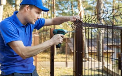 What Is The Best Way To Handle Problems With Fence Repairs?
